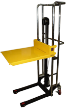 13360488 Wózek podnośnikowy masztowy ręczny (udźwig: 400 kg, wysokość podnoszenia: 1500 mm), wymiary platformy: 650x576 mm)