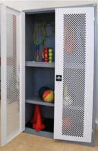 99552436 Szafa do obiektów sportowych, wysuwana podstawa 2 drzwi (wymiary: 1990x1200x500 mm)