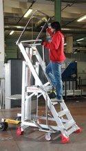 DOSTAWA GRATIS! 99675090 Drabina magazynowa FARAONE 6 stopniowa z elektrycznym podestem ładunkowym (wysokość robocza: 3,26m)
