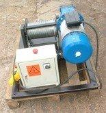 Treton Elektryczna wciągarka linowa (siła uciągu: 150/100 kg, długość liny: 170m, moc: 1,1kW) 28862173