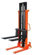 Wózek hydrauliczny podnośnikowy z rozsuwanymi widłami (udźwig: 1000 kg, wysokość podnoszenia: 1600 mm) 00576238