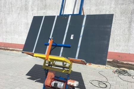 Ferindo Winda dekarska (długość: 14 m, udźwig: 400 kg, szybkość posuwu: 20 do 25 metrów na minutę) 09075969