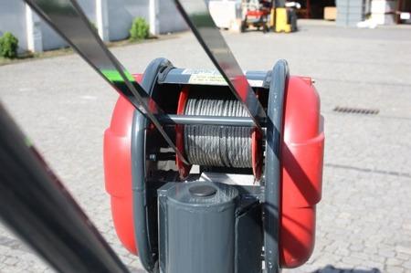 Wciągarka elektryczna linowa budowlana + lina 30m + sterowanie ręczne 1,5m (udźwig: 325 kg) 08115161